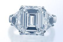 Go Big Or Go Home / The BIG looks in diamond jewelry.