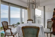 INTERIOR / Casa del Mar has 27 stories and 197 condos that include spacious balconies, elegant master bathroom, floor-to-ceiling windows, European-style kitchens and walk-in closets. These luxurious units, on average, range in size from 930 to 3,120 Sqft