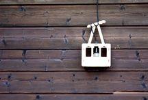 lampe téléphérique / cable car lamp / déclinaison de lampe téléphérique en bois de livette la suissette. Elle est en contre-plaqué de pin