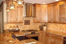 Kitchens / by Ludell Goodman
