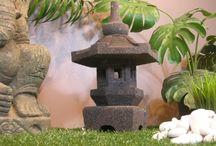Lanterne japonaise Jardin / Lanterne japonaise , pagode en pierre de lave idéale pour un jardin zen.Décoration de jardin originale et de grande qualité