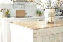A Southern Kitchen {Design Inspiration} / Design inspiration for our new Southern kitchen.