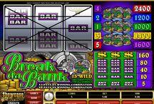 """Break da Bank / La famosissima slot a tre rulli Break da Bank è disponibile sul Casinò Online Voglia di Vincere e, dopo aver appassionato giocatori di tutto il mondo, diventerà presto una delle tue preferite. Dalla veste classica (simboli """"BAR"""" e dollari, più il logo della slot stessa) permette una puntata massima di 5 monete sulle 5 payline. La chicca? Un jolly moltiplicatore, insolito su slot di questo tipo."""