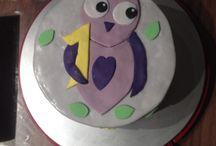 Die ersten eigenen.... Fondant cakes ;)