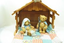 Cherished Teddies / Hier habe ich eine ganze Kollektion von den niedlichen Cherished Teddies gefunden