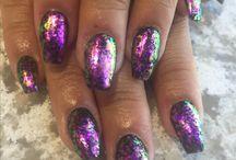 Summer's nails
