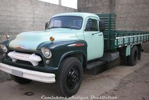 Old Chevrolet / GMC trucks