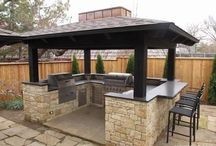 Outdoor structures: Grills, Firepits, Fireplaces