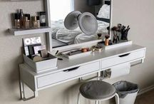 Make up bar