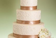 Wedding Cakes / by Tiffany Young