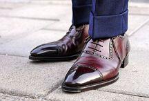 Giày goodyear, giày goodyear welt, giày đế da cao cấp-SignoriStore / giày goodyear welt, giày đế da cao cấp cấu trúc goodyear welt SĐT: 0979.989.747 Đây là dòng sản phẩm GIÀY ĐẾ DA sản xuất kết hợp THỦ CÔNG tỉ mỉ và công nghệ GOODYEAR WELT( giày goodyear) lâu đời mang lại sự sang trọng và bền bỉ cho người mang!Thiết kế cổ điển với các họa tiết trang trí phần mũi giày! https://www.facebook.com/giaygoodyearwelt.signoristorevn/ http://signoristore.com/nhan-biet-cach-khau-giay-tren-the-gioi/