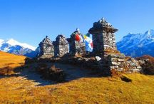 Dzongri - Goecha La Trek / The Dzongri – Goecha la Trek is the most popular trek in Sikkim. An absolute classic, this trek gives you spectacular views of Kanchenjunga up close, apart from many other smaller peaks which surround it. Tea-houses exist till Dzongri, beyond that tents will be mandatory. You will be camping throughout on the trek. The high altitude lakes, crystal waters in rivers, the fluttering prayer flags at the high points make this whole trek special.