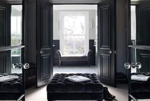 Inspiration: Black. Ideas for tiles, bathrooms and interior design. / Inspiration for your black themed projects. Bathroom, kitchen, tile, interior design ideas. Visit us at ROCCIA to assist you in creating your dream room. www.roccia.com