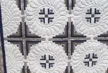 Quilts I like / by Maligne Kroeker