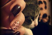 Bordeaux Leopard Nails