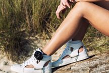 "d-s!de wild ss15 women collection VIKIE ""the sneaker sandal"" / High top sneakers with 50 mm wedge heel in leather and matched strap with camellia."