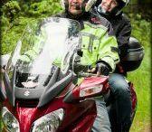 Motorky a toulky po cestách