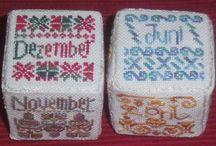 SAL 2015: Naptár / Kalender / hagyományörző minták / traditionelle Muster