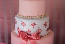 bolo cengrafico rosa feito em tecido ocm apricao