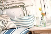 Bedrooms to slumber in / by Sandie Sturdivant Steadman