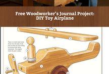 Игрушки деревянные