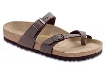 Wish list  / Hey friends! I'm a size 9 shoe ;)