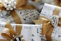 It's a Wrap! / Wrapping & Embellishments
