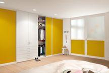 Built-in closet / Einbauschrank