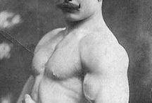 vinnie' strongman
