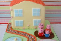 Fondant cakes / Cakes / by Leire ICM