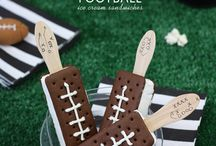 Super Bowl Party / Touch Down! Recipes, decor ideas and other football party inspiration / by Sendo Invitations