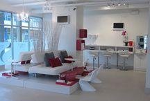 White Nail Salon Decor and Design Ideas / White Nail Salon Decor & Design Ideas   Pedicure Chairs and Station in White