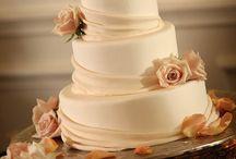 Pretty Cake / by Rae Williams