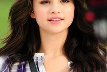 Selena Selena