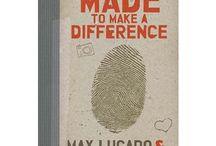 Must Read / by Alyssa Ann