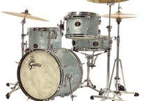Drum Kits / Pretty things that make loud noises