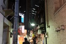 夜の繁華街