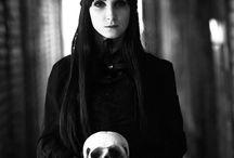Gothic Lolita / Japan Fashion