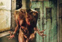 Horror / #blood #nude #nudemodel #nudephotography #art #amazing #bestoftheday #bestphoto #bestpic #bestphotooftheday #bestphotgrapher #beautiful #woman #scraf #artphoto #artphotography