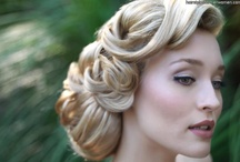 Hair Updos for Wedding / Gorgeous Hair Styles and updos for Brides, Bridesmaids, Maid of Honor, Mother of the Bride, Mother of the Groom, Flower Girls and anyone else in your wedding party! #updos #wedding #hair #bridal