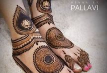 Ankle and feet mehndi designs I like