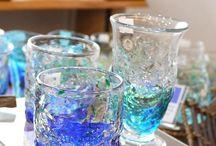琉球ガラス / 沖縄の琉球ガラス村グループで作られるガラス製品。熟練の職人の手技によって作られるそれらのガラス製品は、手作りならではのぬくもりと素朴な質感をお楽しみいただけます。