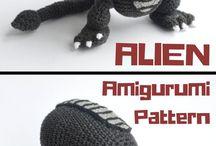 Alien crochet