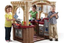 Kids' Outdoor Plastic Playhouses with Kitchens Inside