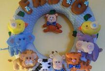 Cerchio in Festa / Ghirlande per la cameretta dei bimbi, interamente fatta a mano con stoffe in cotone e pannolenci.