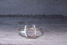 Jewelry / by Carly de Diego