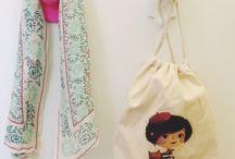 Bolsas infantiles / Bolsas infantiles de telas para tener siempre a mano.