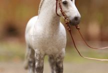 Schleich horses diy