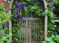 Gates / I own up to having a gate fetish - but who would blame me when you see these great designs!