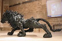 sculptures /recyclés / by Isabelle Kaliaguine